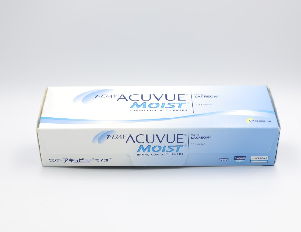 -4.00 Acuvue Moist with Lacreon 30 lenses/box
