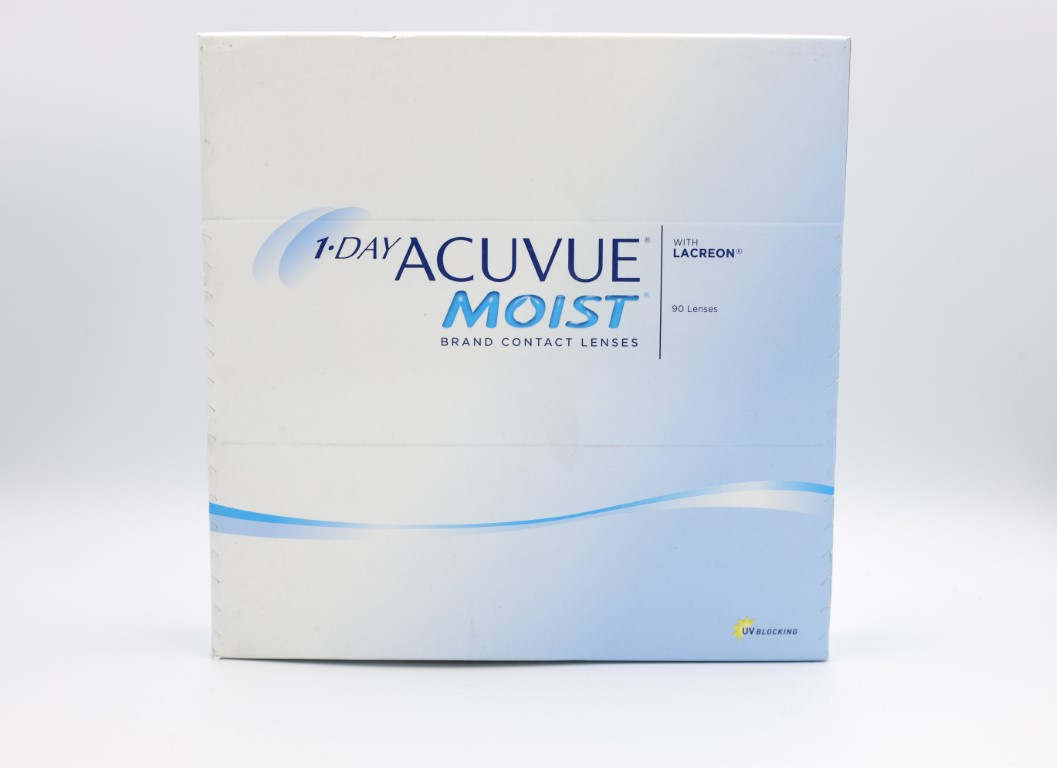 -4.00 Acuvue Moist with Lacreon 90 lenses/box