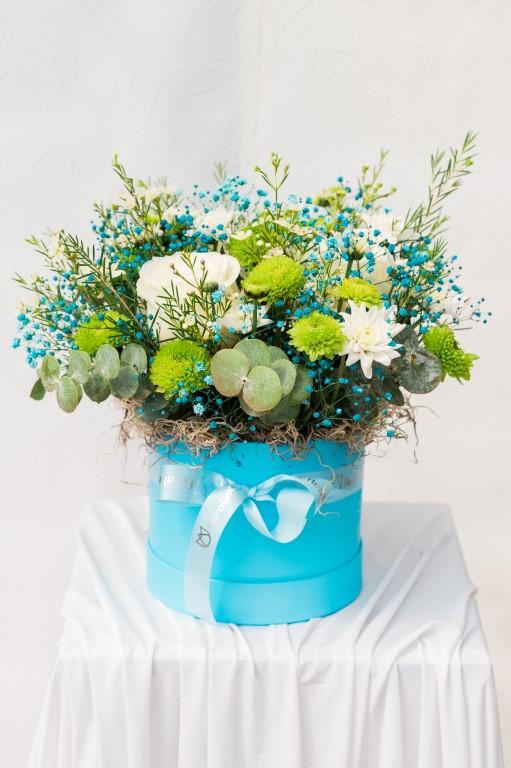 BOX F - BLUE / WHITE - 30x 25cm