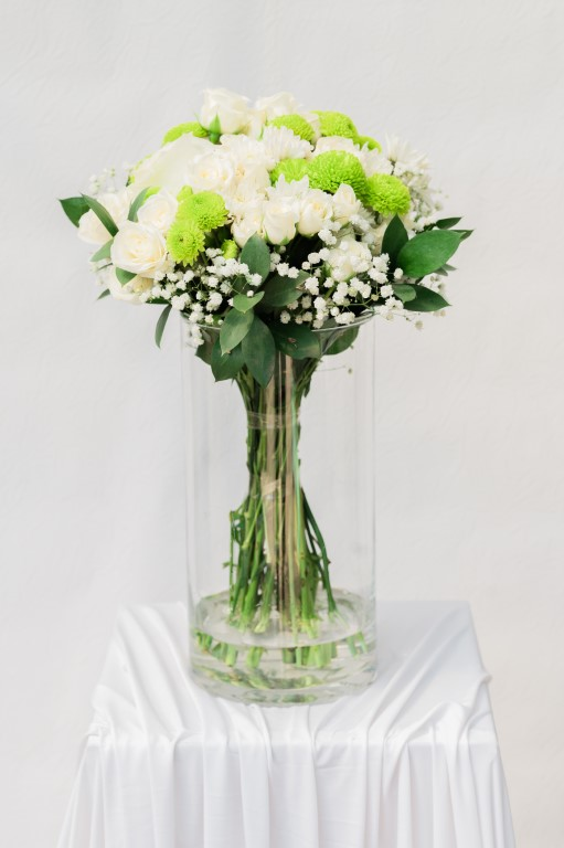 THE MINIMAL BOUQUET - WHITE / GREEN - 40x 30cm