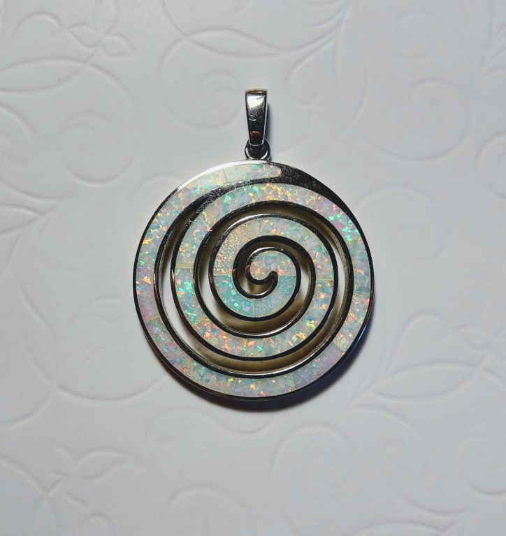 Circle of Life / Spiral Pendant - White - 3,7x3,7cm