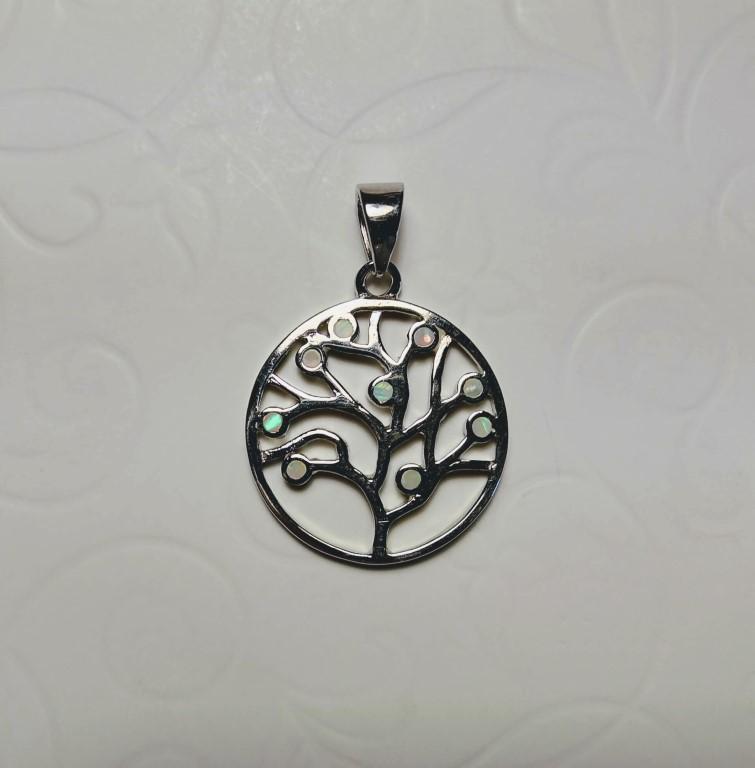 Tree of Life Pendant - White - 2x2cm