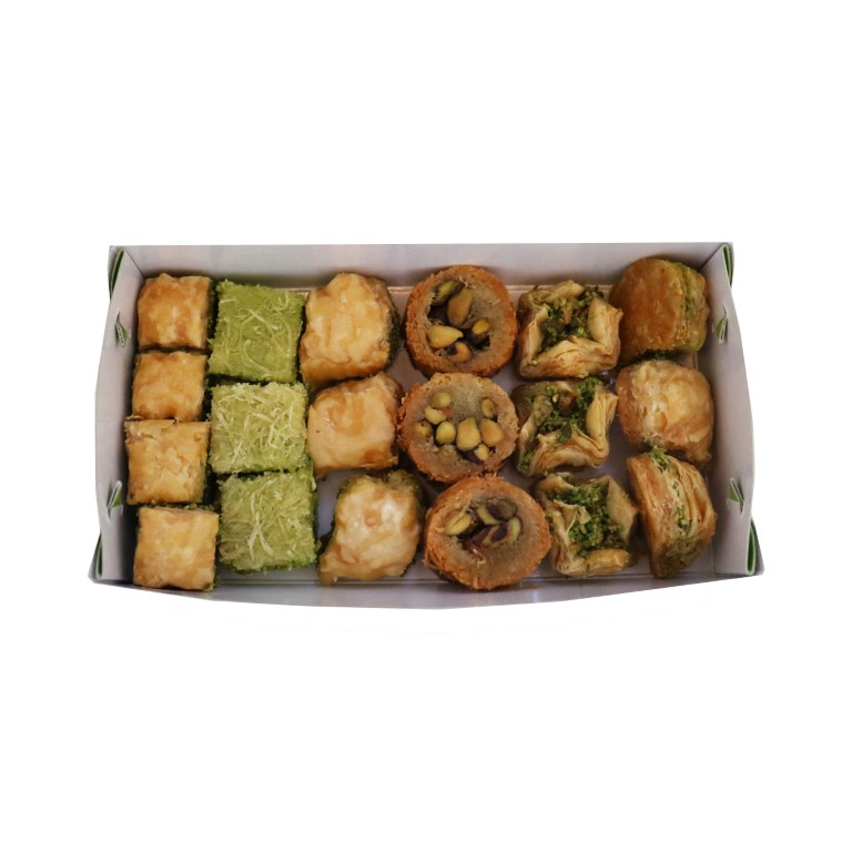 BOX OF LEBANESE SWEETS (BAKLAVA) WITH PISTACHIOS - 500gr
