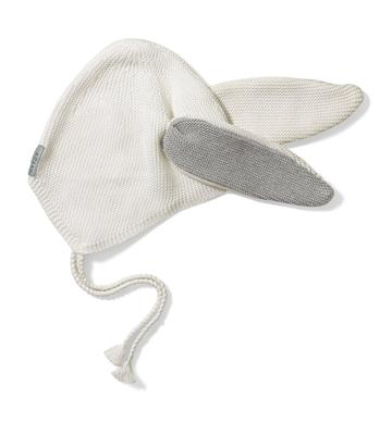 White Hat - Size: 12-18 months