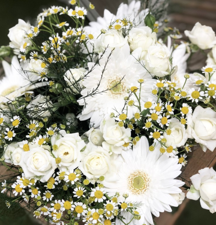 Bouquet of White Mini Roses, with White Kerpera, and Chamomile