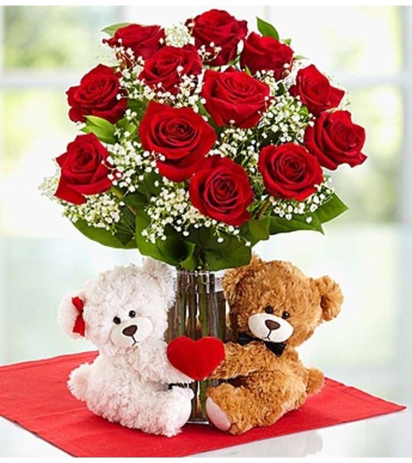 Sweet heart bouquet with red roses