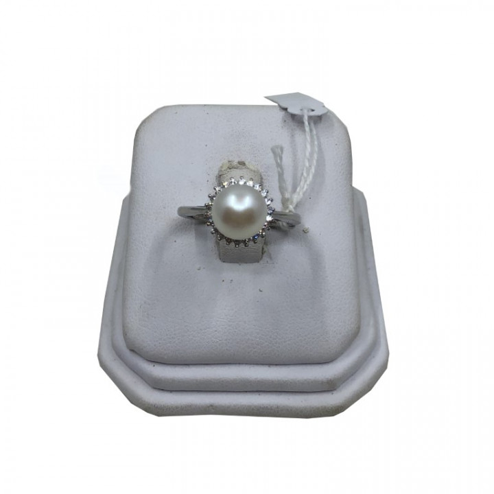 Silver Ring with rhinestones and a Pearl - SILVER