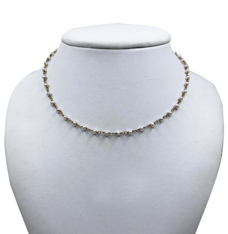 White Gold Necklace with Pearls. Short. - SILVER