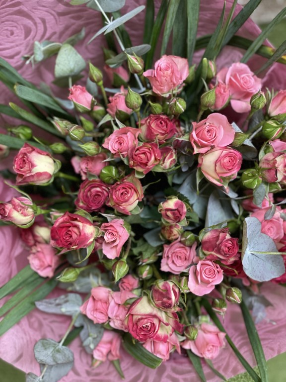 Mini Pink Roses Bouquet