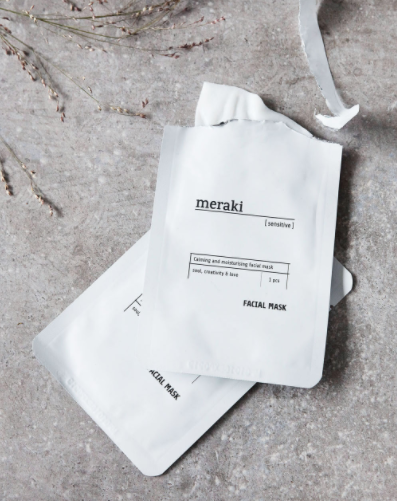 Meraki facial mask for hydration in white