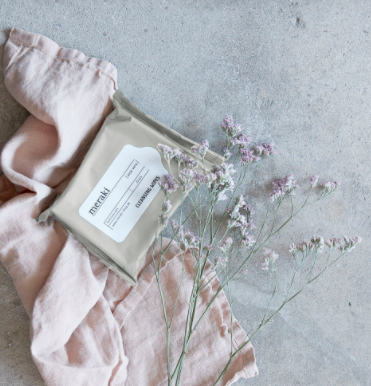 Meraki cleansing wipes with aloe vera in grey
