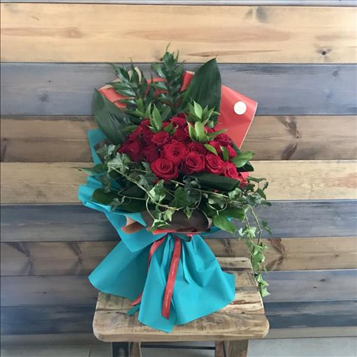 RED ROSES SPECIAL BOUQUET