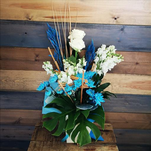 BLUE AND WHITE BOUQUET