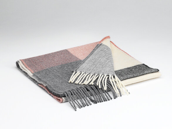ROSE AND GREY CHECK SCARF