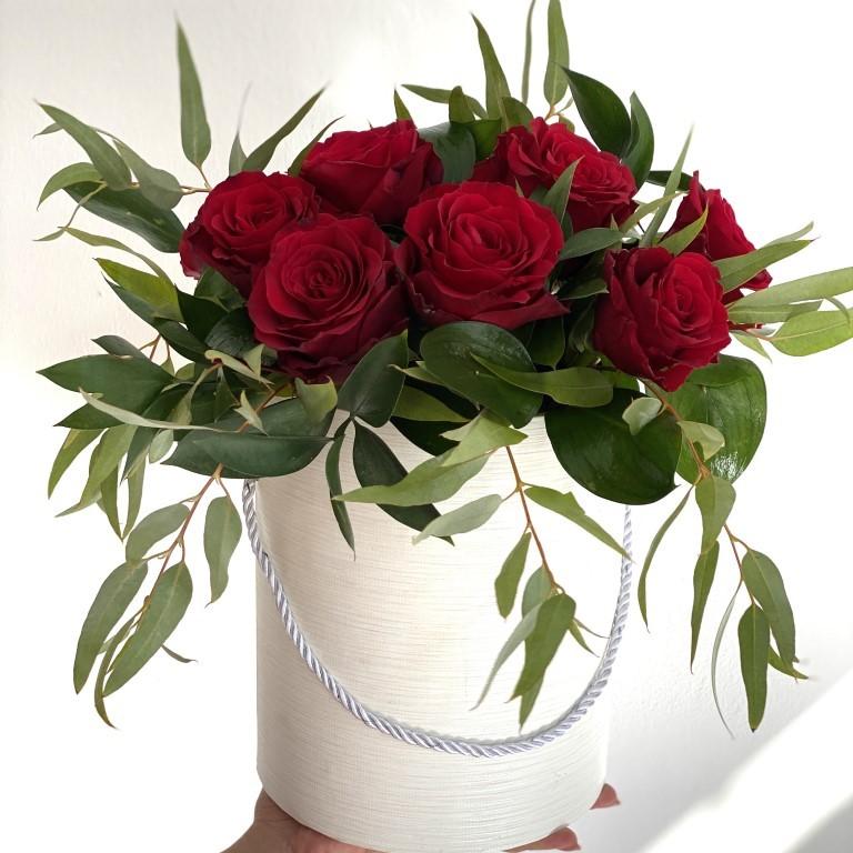 10 Red Roses Flower Box