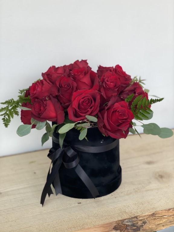 20 Red Roses Flower Box