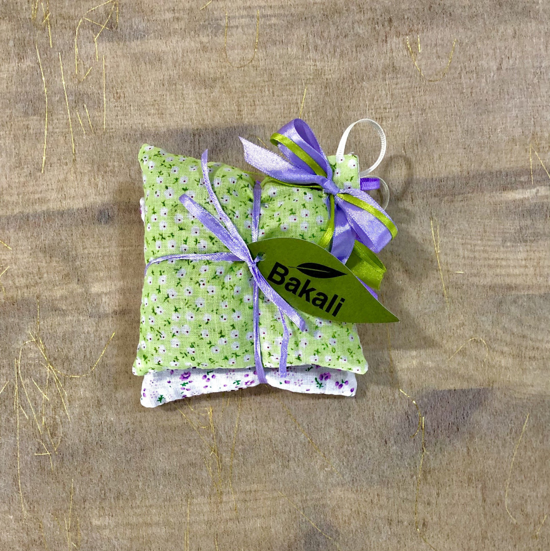 Handmade pillow with lavender - Green Flowers