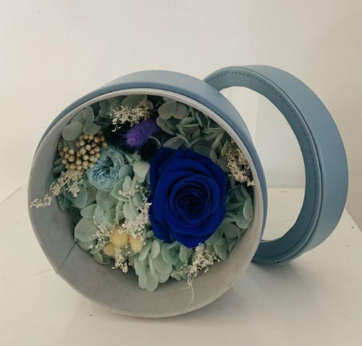 Blue vibes flower box - 13cm