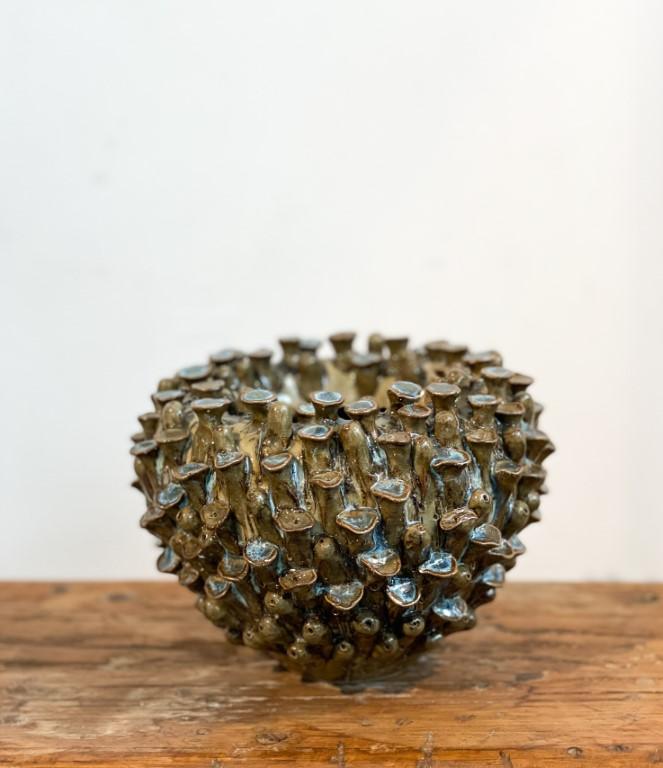 Coral vase round