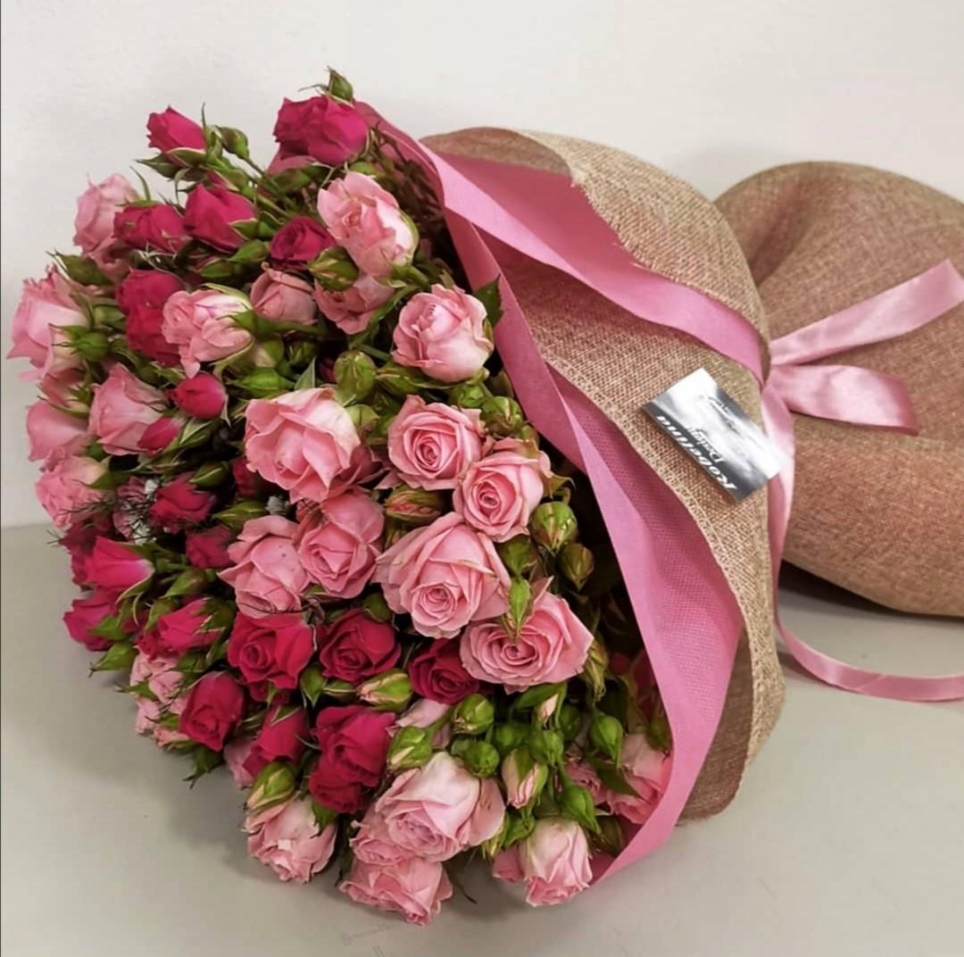 Mini Roses Bouquet-Ribbon