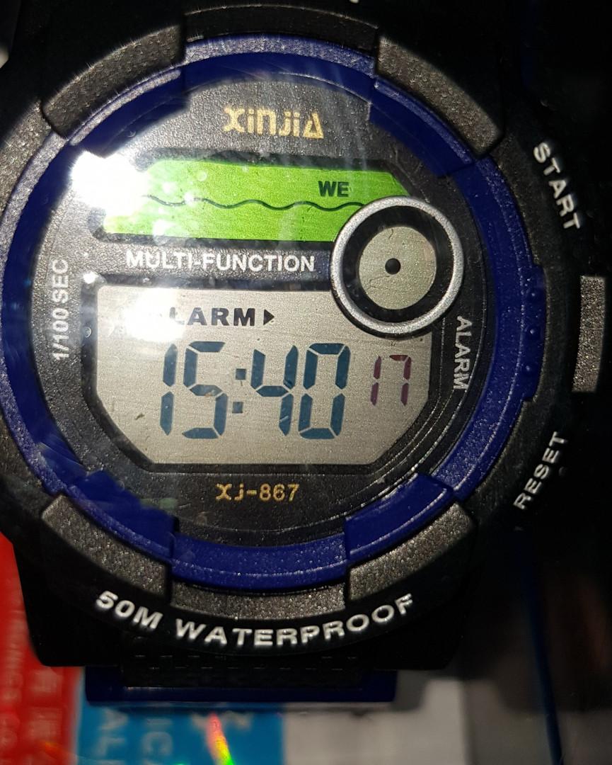 Digital Watch Waterproof Sport Style - Black