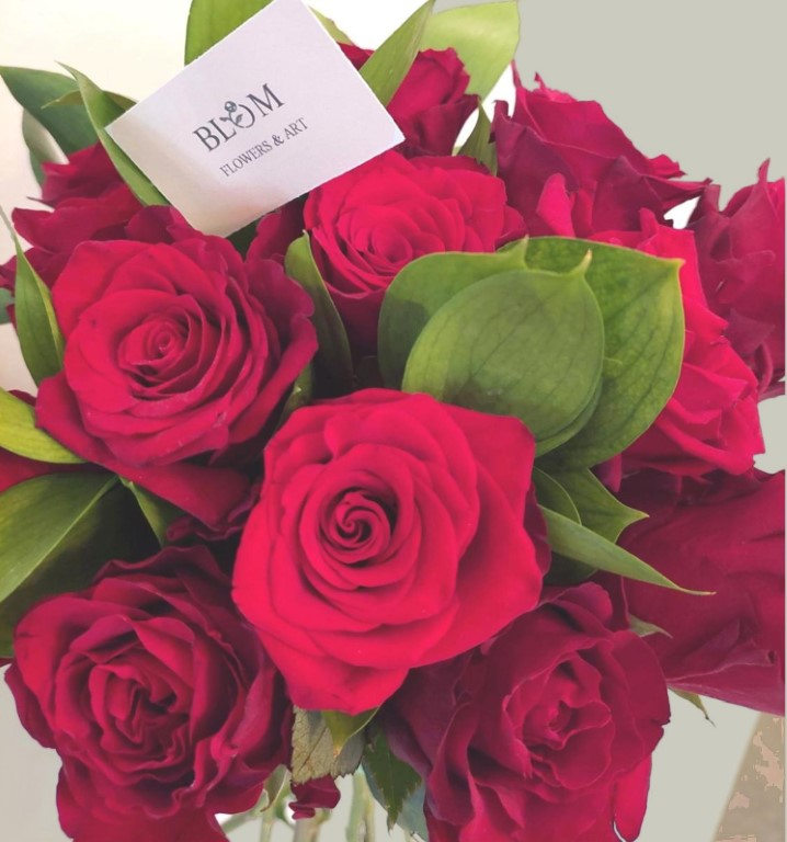 10 Roses Bouquet plus greenery - red