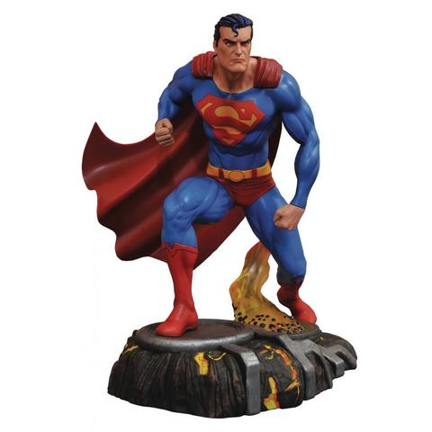 DC GALLERY PVC STATUE - SUPERMAN 25 CM