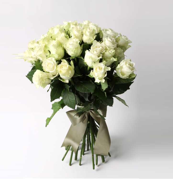 30 Roses White Bouquet