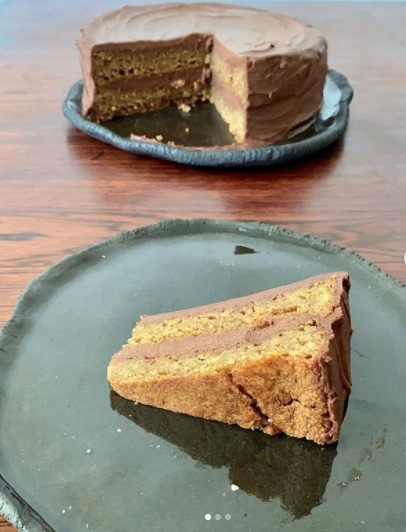 Yellow Cake with Chocolate Mylky Frosting Slice