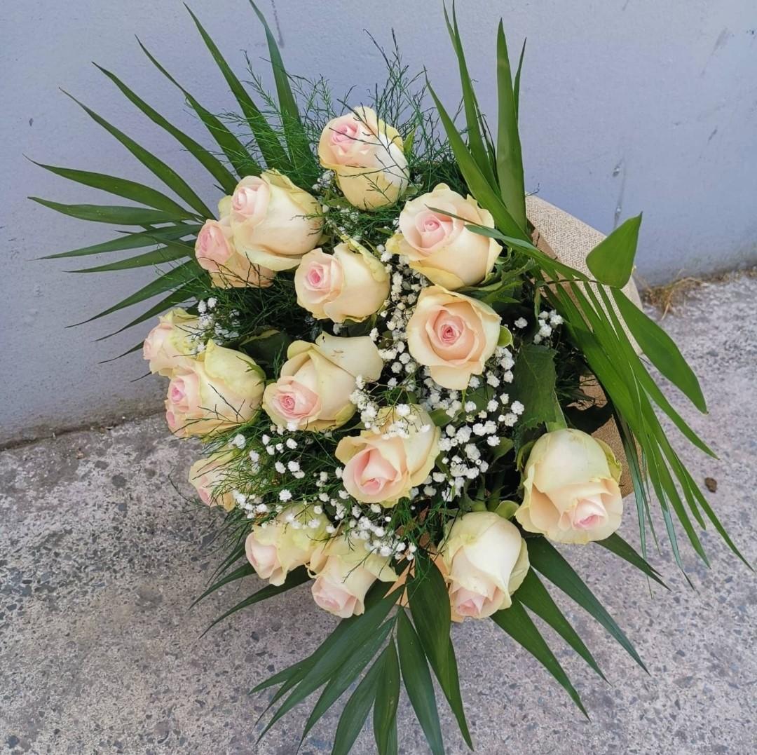 Light Pink Roses Bouquet