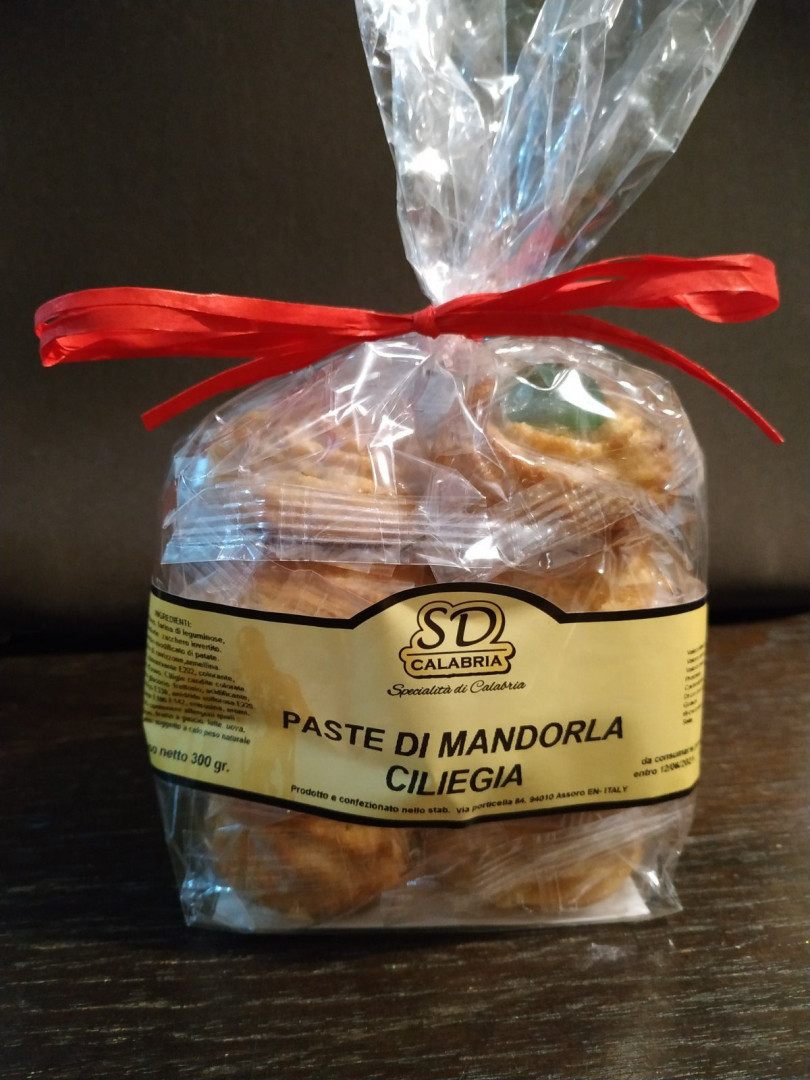 SD Calabria Sweets with almond dough and cherry 300g