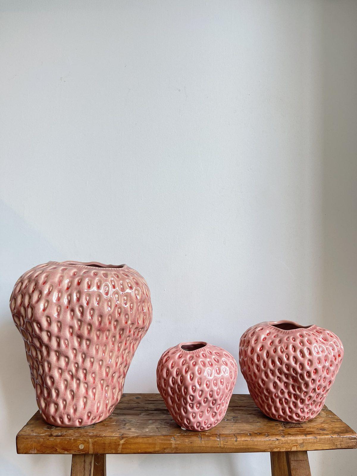 Strawberry vase pink medium