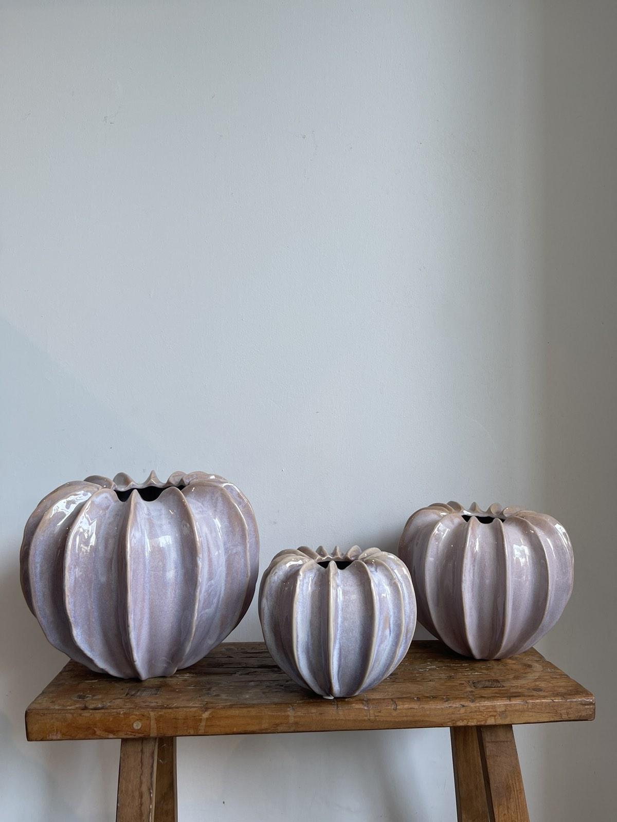 Pumpkin vase lilac medium