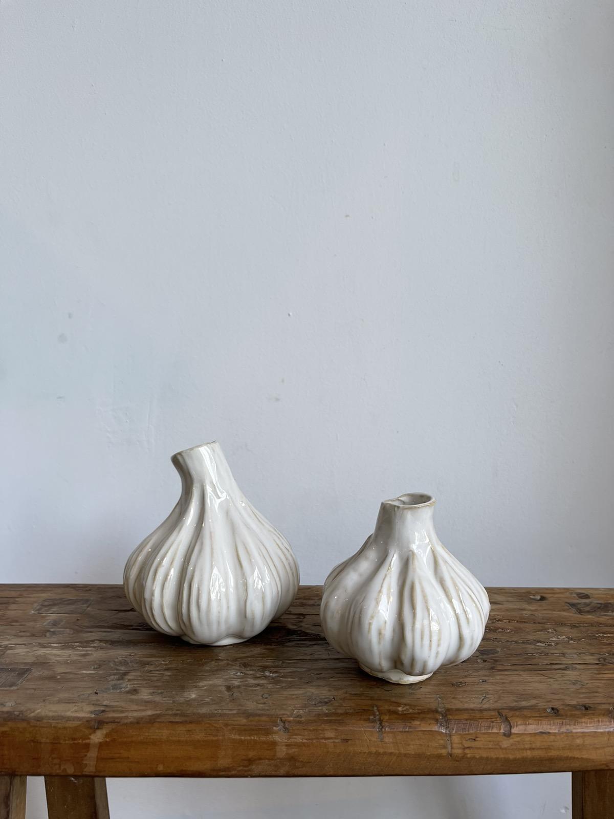 Garlic vase white Big