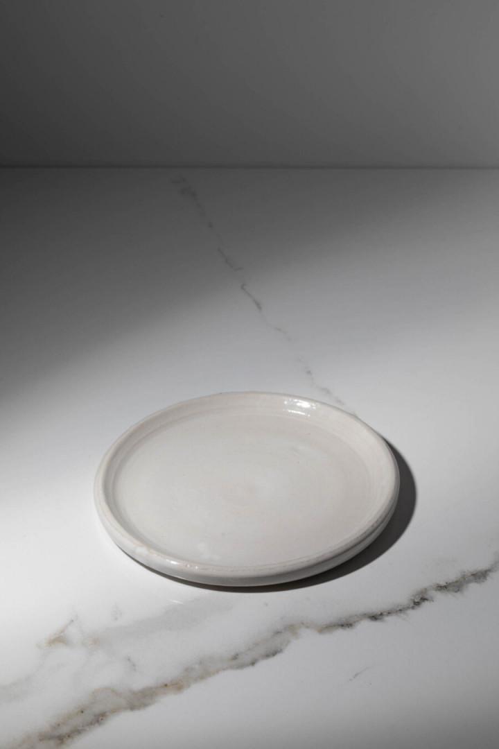 PLATE / WHITE / CERAMIC / S
