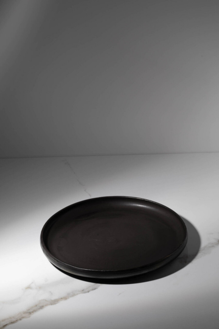 PLATE / BLACK / CERAMIC / L / SET OF 4