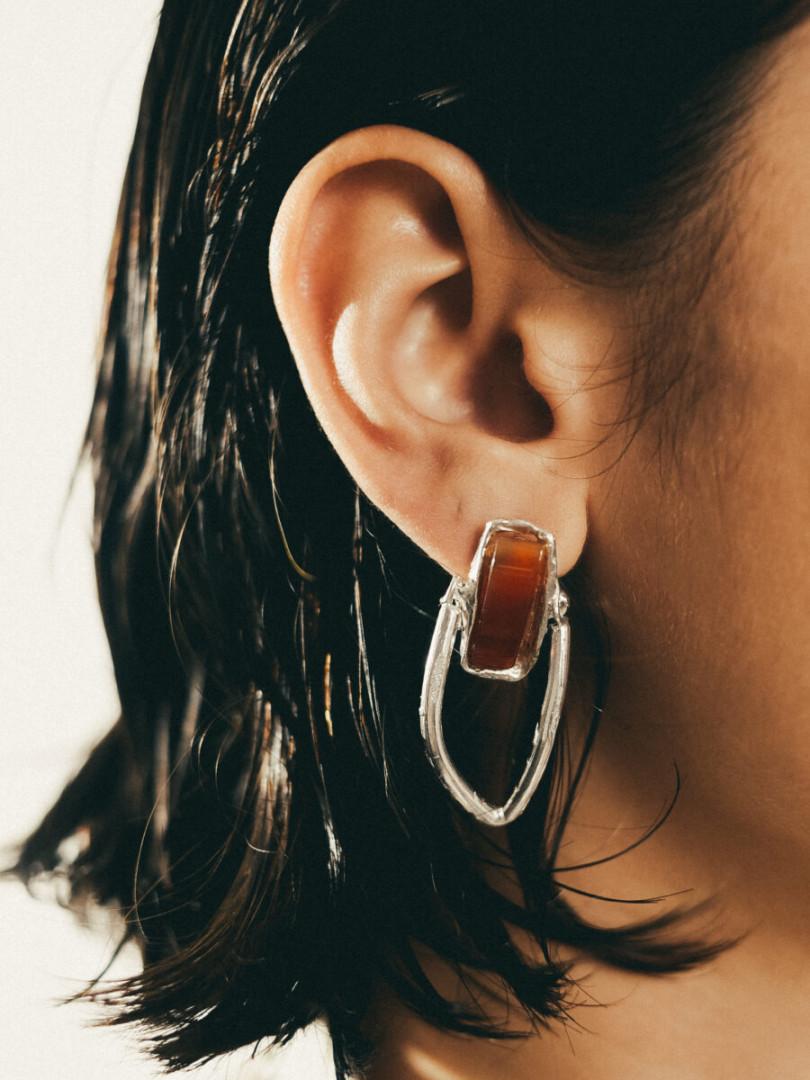 NA129 HANGING STONE EARRINGS